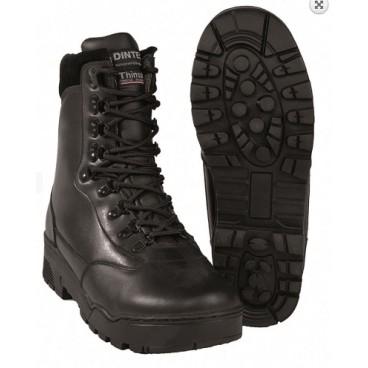 chaussure de marche type magnum